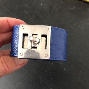 🦋3/$30 Faux leather bracelet w/silver accent